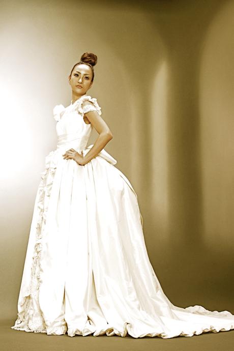 クラシカル ウェディングドレス