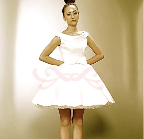 Anela Clothng