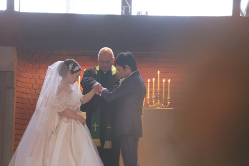 軽井沢高原教会で挙式