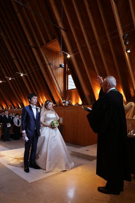 軽井沢高原教会にて結婚式