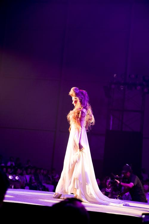 世界 人気 ウェディングドレス
