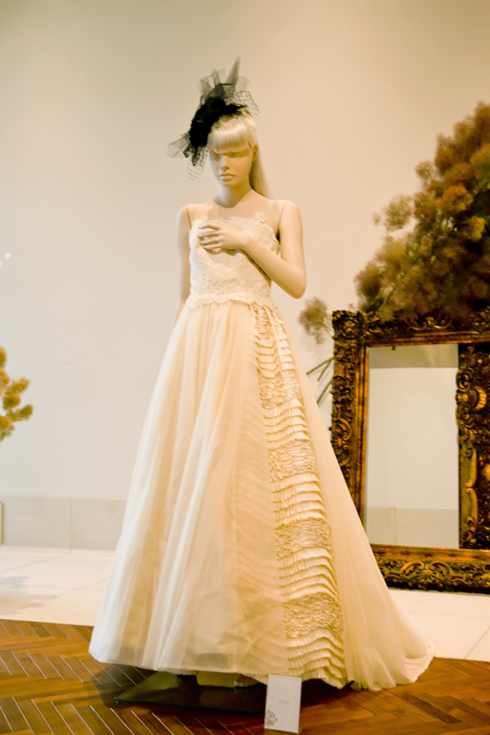 コッティーロウ ウェディングドレス