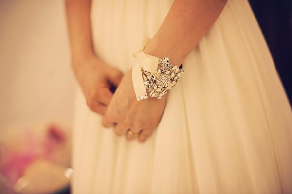 結婚式 バングル 花嫁