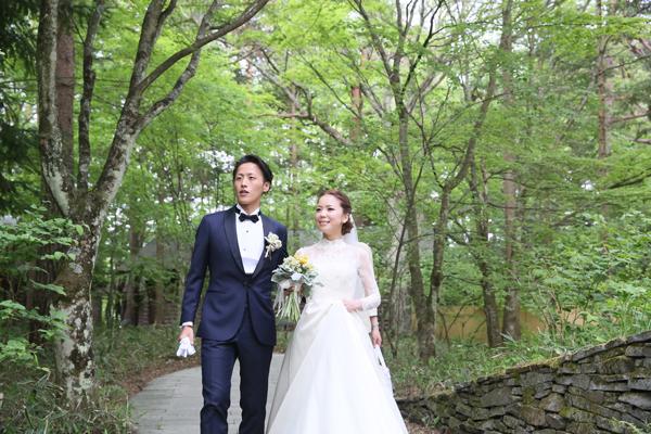 軽井沢高原教会 ウェディングドレス 人気