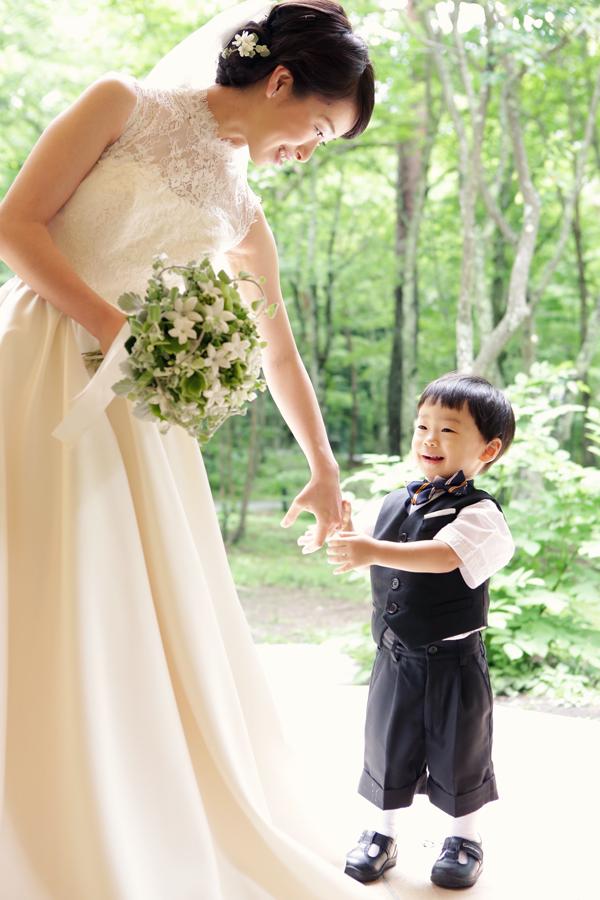 軽井沢高原教会 ウェディングドレス レンタル 人気