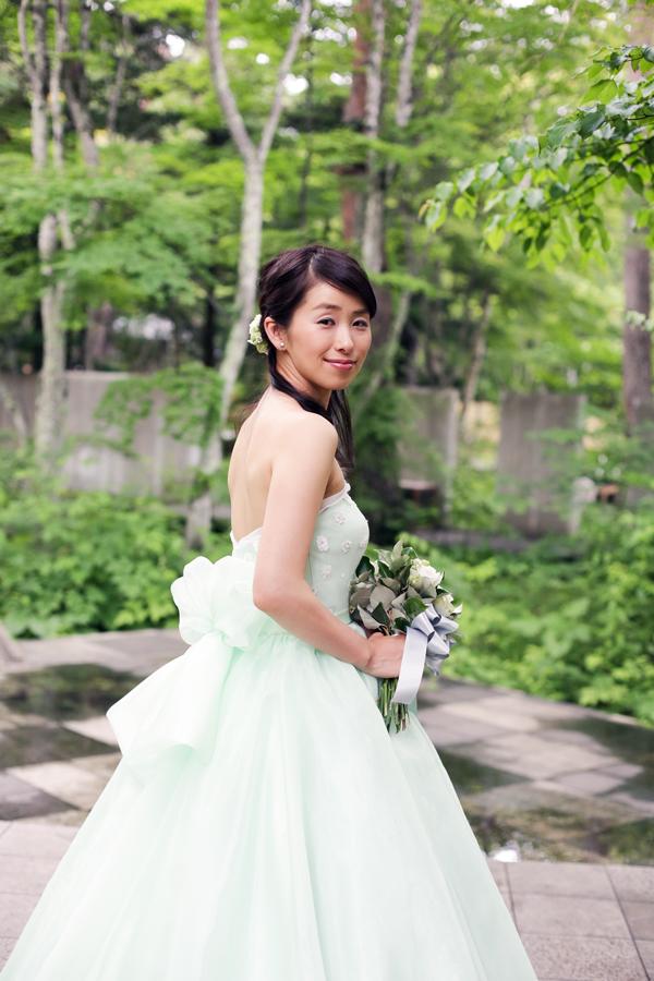 軽井沢高原教会 マッチする ウェディングドレス