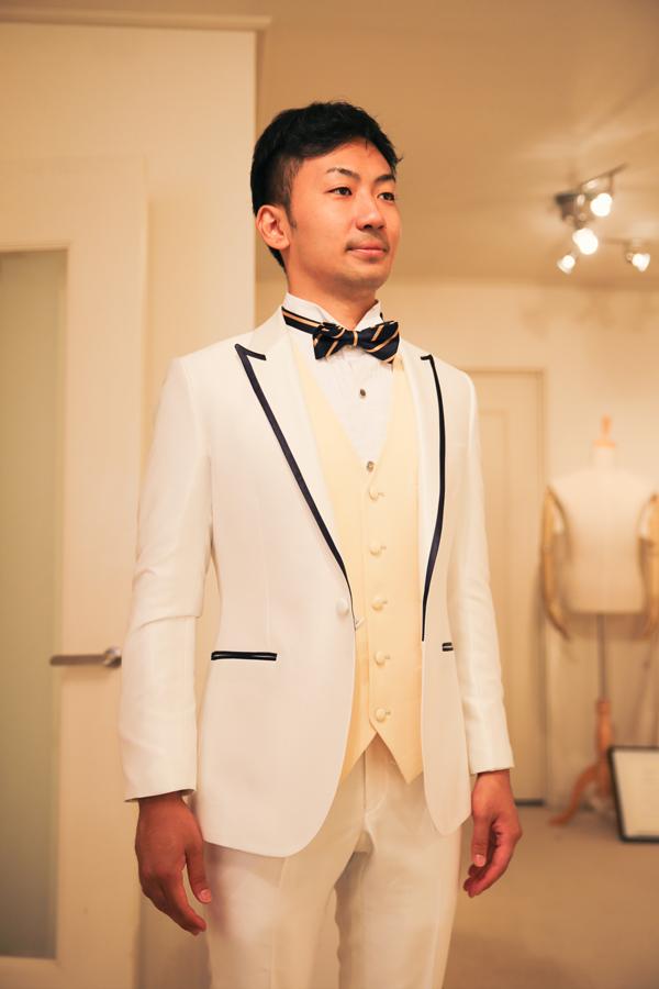 オシャレ 新郎 白 衣装