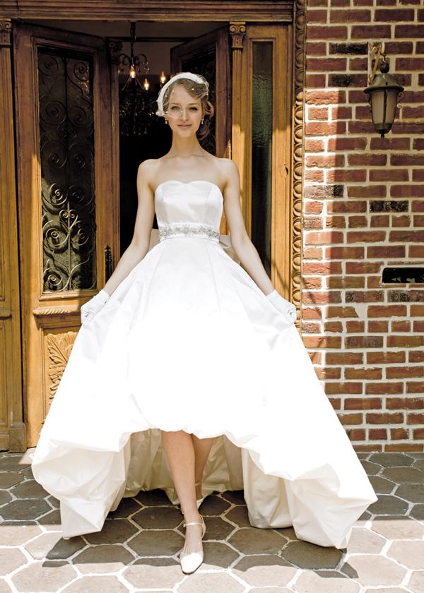 一着 2パターン ウェディングドレス