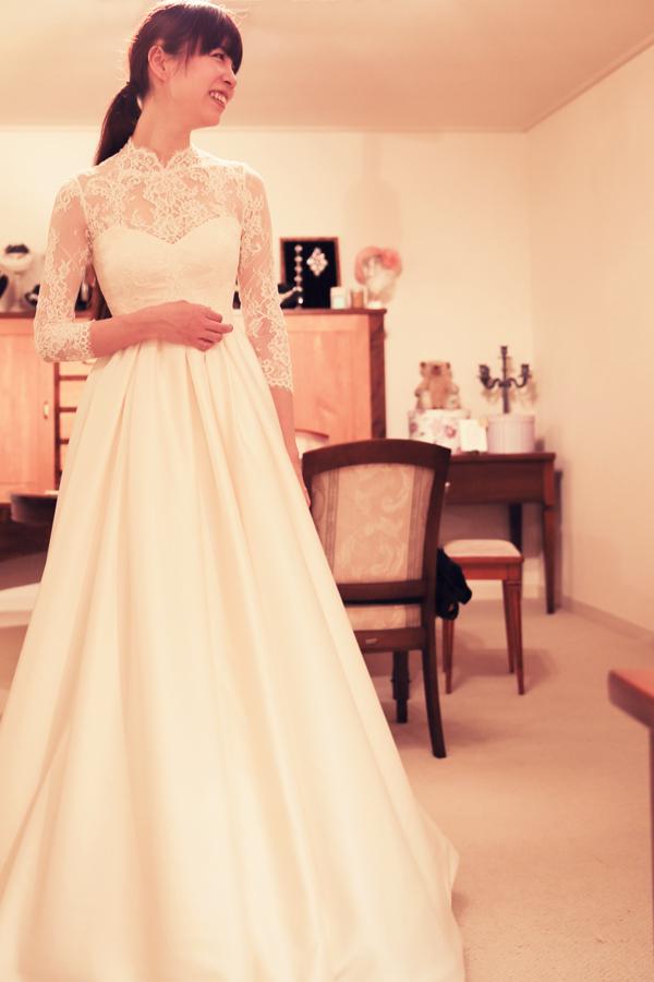 清楚 長袖 ウェディングドレス