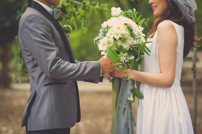 自然 結婚式 オシャレ