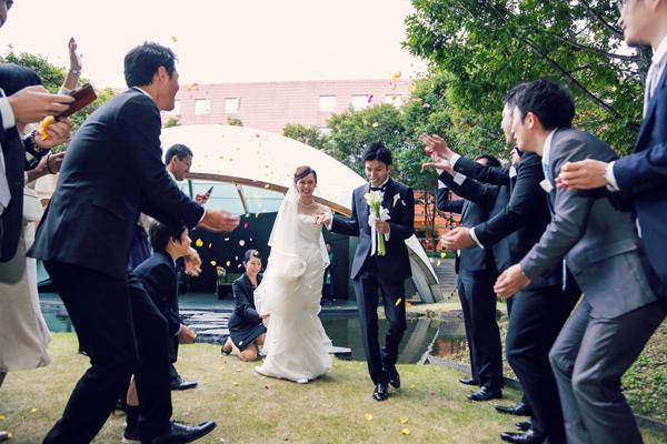 リゾート 結婚式 オシャレ