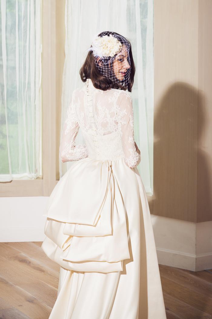 清楚 気品のある ウェディングドレス