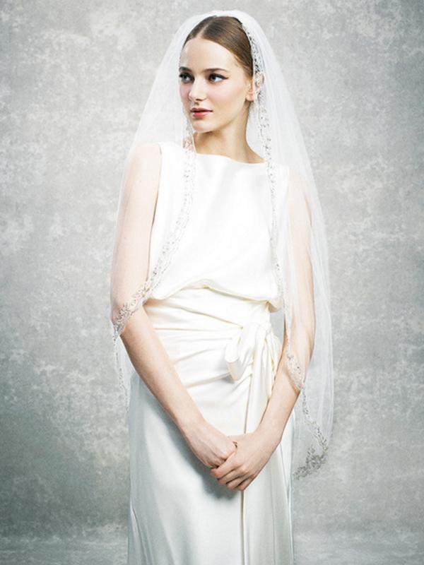 人気デザイナー  ウェディングドレス