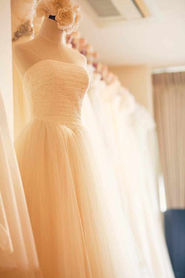 大人の ウェディングドレス