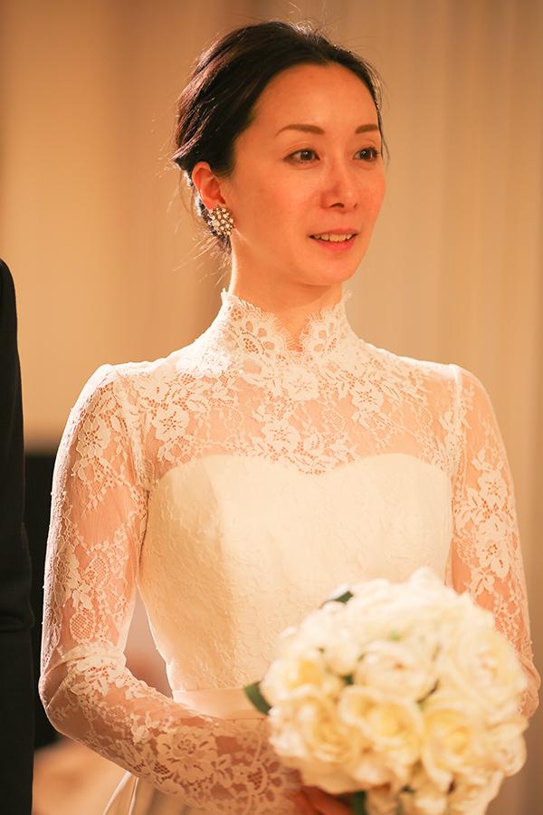 花嫁 輝く ウェディングドレス