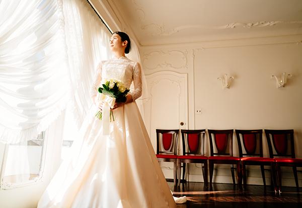 高貴 クラシック ウェディングドレス