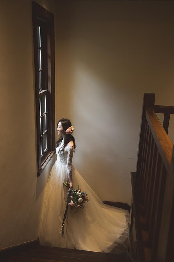 洋館に映える ウェディングドレス