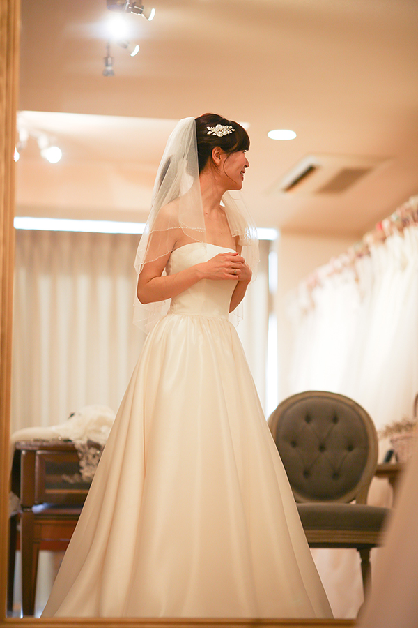 ハワイ 挙式 ウェディングドレス